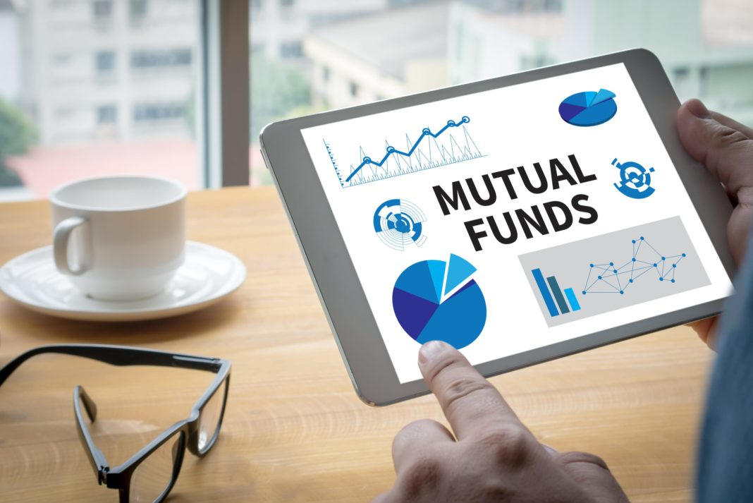 Here's How Etfs And Mutual Funds Help You in Investments