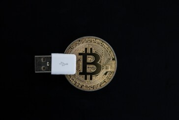 How does the Descargar Ledger Wallet keep your crypto-currency safe?